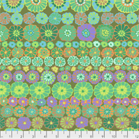 Kaffe Fassett PWGP-169 Row Flowers Green